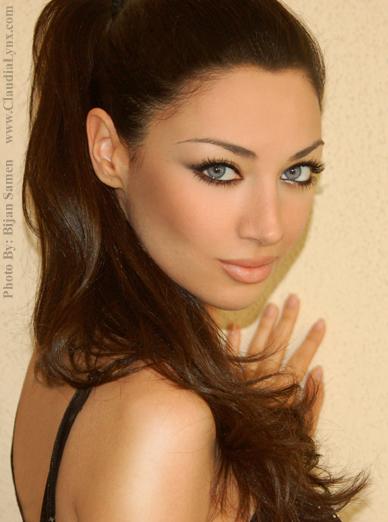 Claudia Lynx VS Mahlagha Jaberi VS Rahi Jaberi