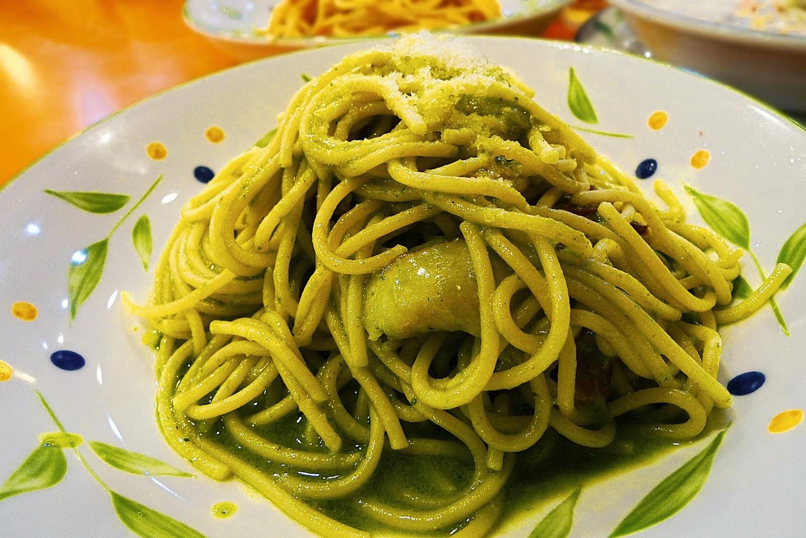 Genovese spaghetti