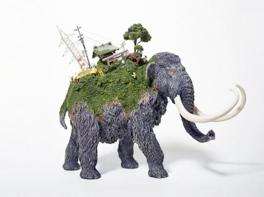 sirtindaki dunya ve fil