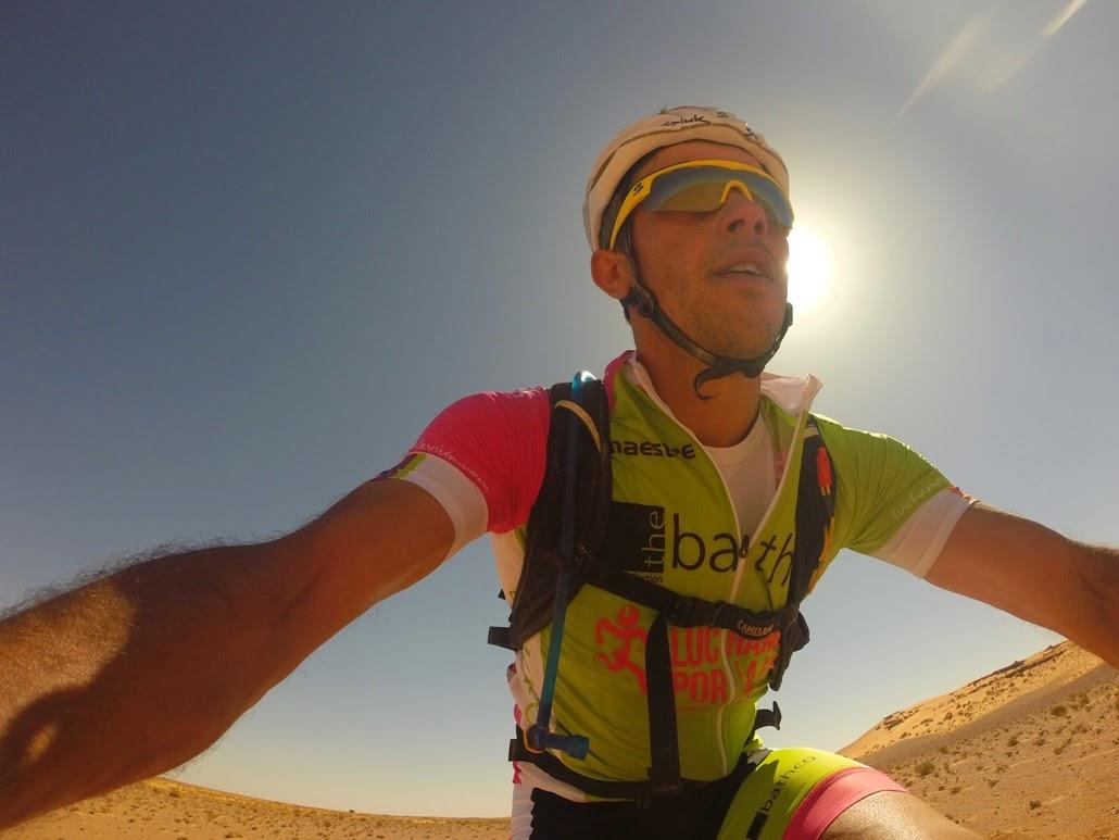 Felipe-durante-una-de-las-etapas-de-la-Titan-Desert-by-Garmin