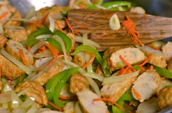 Cách làm món Chả cá xào rau củ - Món ngon dễ làm