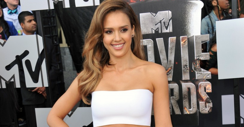 Consegue o Look de Jessica Alba