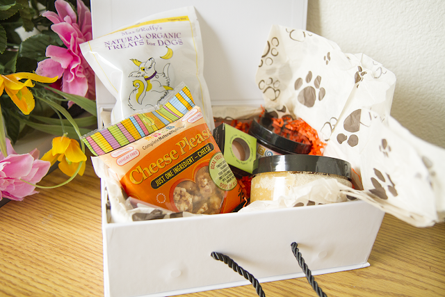 Photo of Cruelty Free For You & Me subscription box.