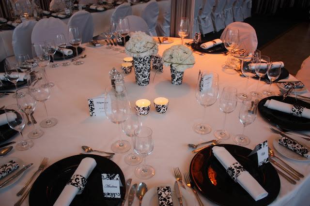 Hochzeit in Schwarz-Weiß - selber machen und basteln - Wedding black and white on a budget