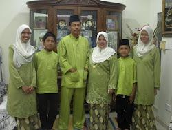 keluarga bahagia.. :)