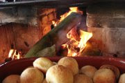 Delicioso café da manhã no fogão a lenha em brotas sp