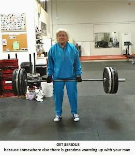 kobieta siłownia