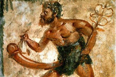 O povo de Pompeia acreditava que Priapus era um  deus muito poderoso, o símbolo fálico aparecia com abundância em formas gigantes nas pinturas interiores das paredes das casas de habitação, em estatuetas, objectos domésticos tais como candeias de óleo, tigelas e até nas pernas das mesas. Este simbolismo era protetivo e não sexual.