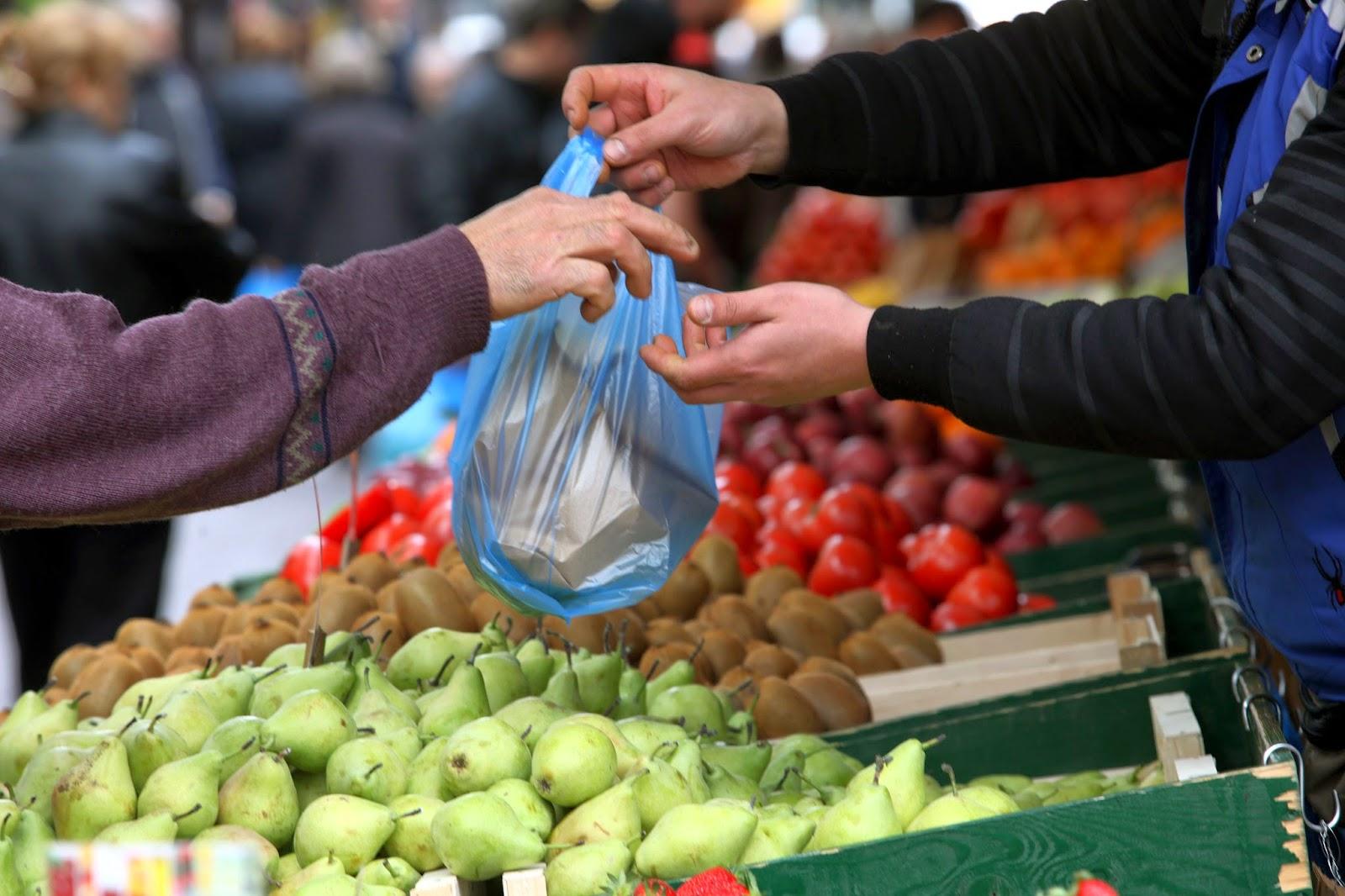 mercato all'aperto