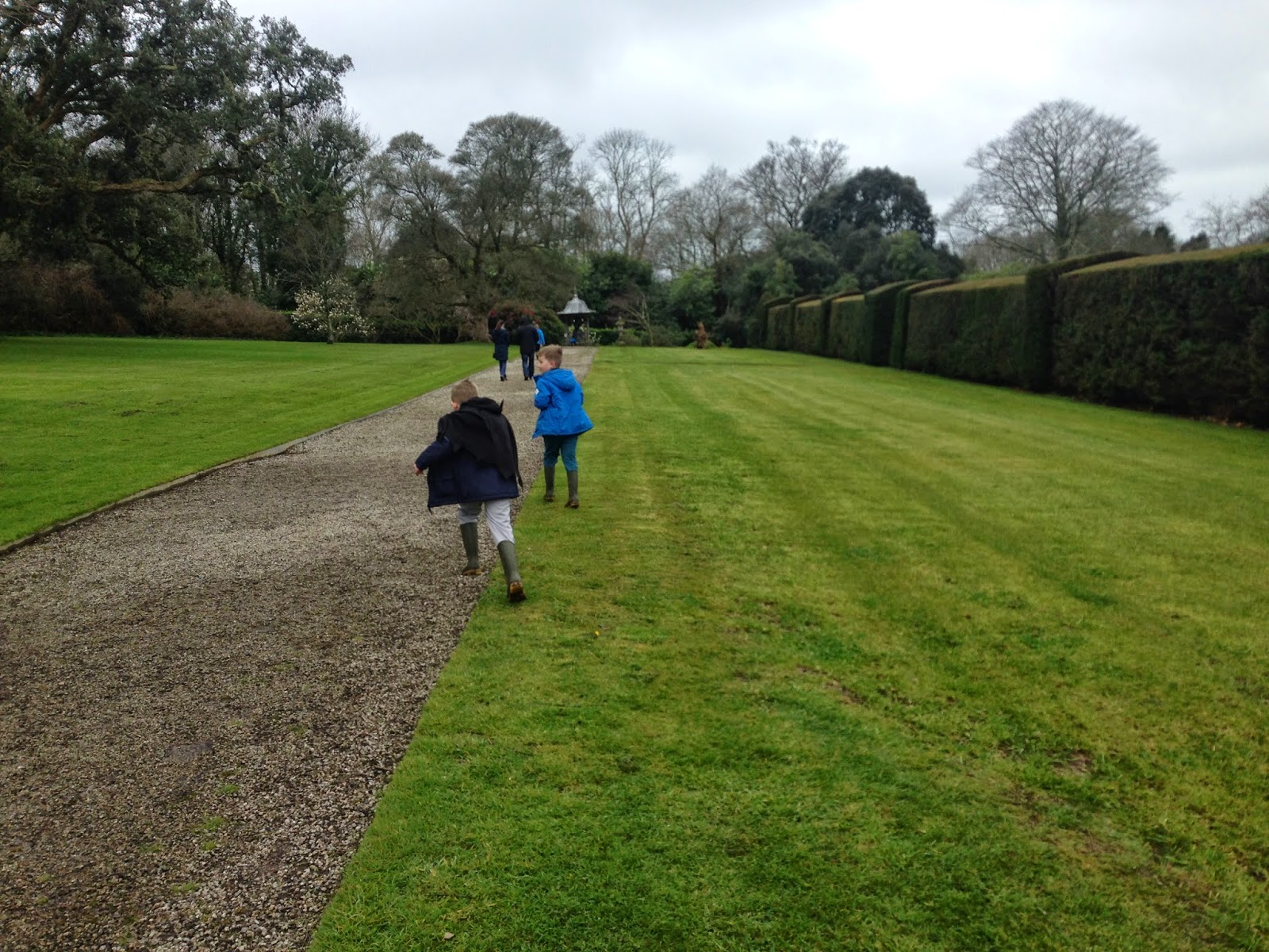 antony house, alice in wonderland, easter, hunt