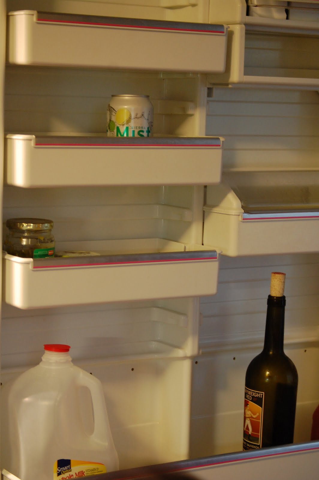 how to clean fridge with vinegar