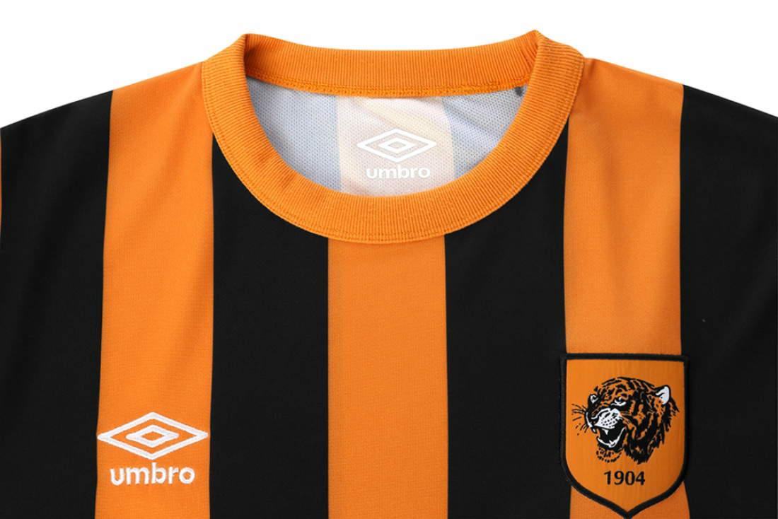 Umbro Hull City 14 15 Home Kit (4)