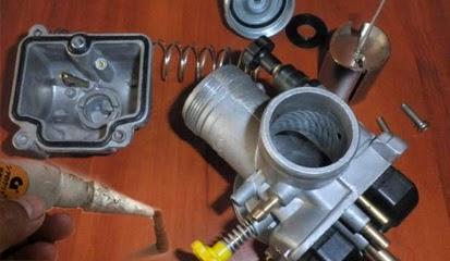 Tips dan Cara Sederhana Meperbaiki Performa Karburator Menggunakan Lem