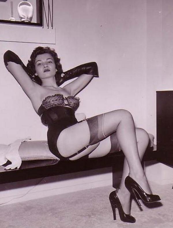 Vintage stocking babes