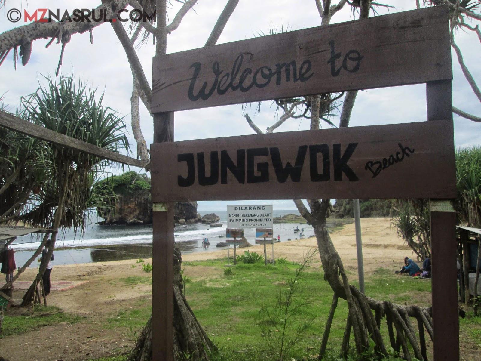 Pantai jungwok wonosari