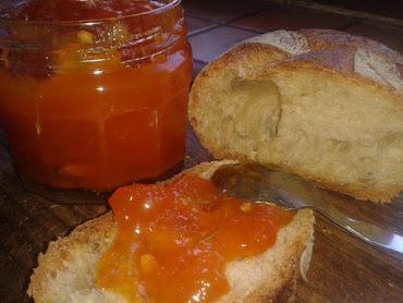 Confiture d'Abricots vanillés et Romarin
