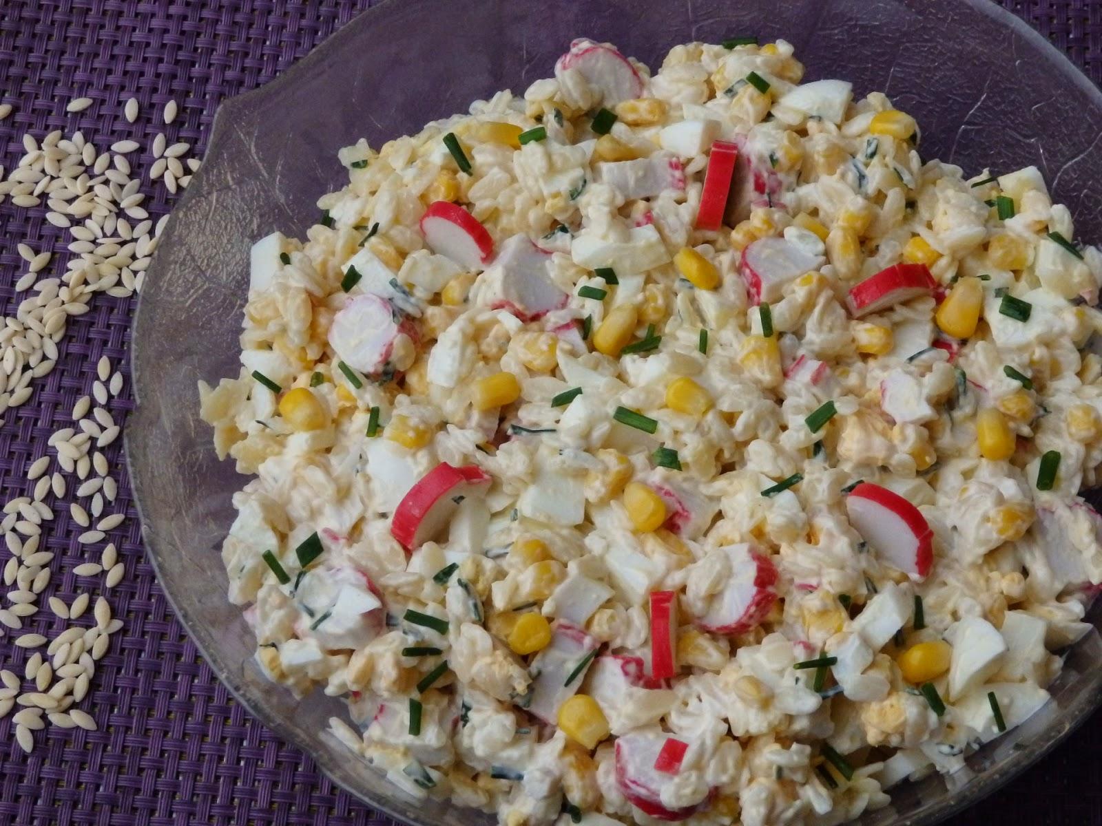 Monia Miesza I Gotuje Salatka Z Paluszkami Krabowymi I Makaronem W