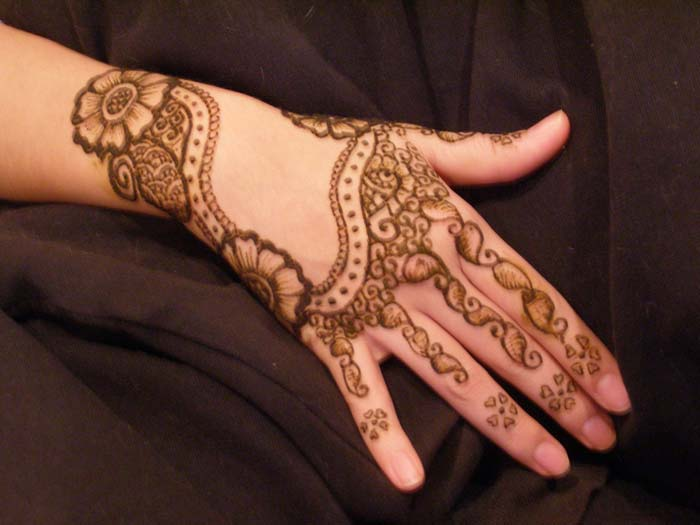 Mehndi Designs New Simple : Mehndi simple and easy designs