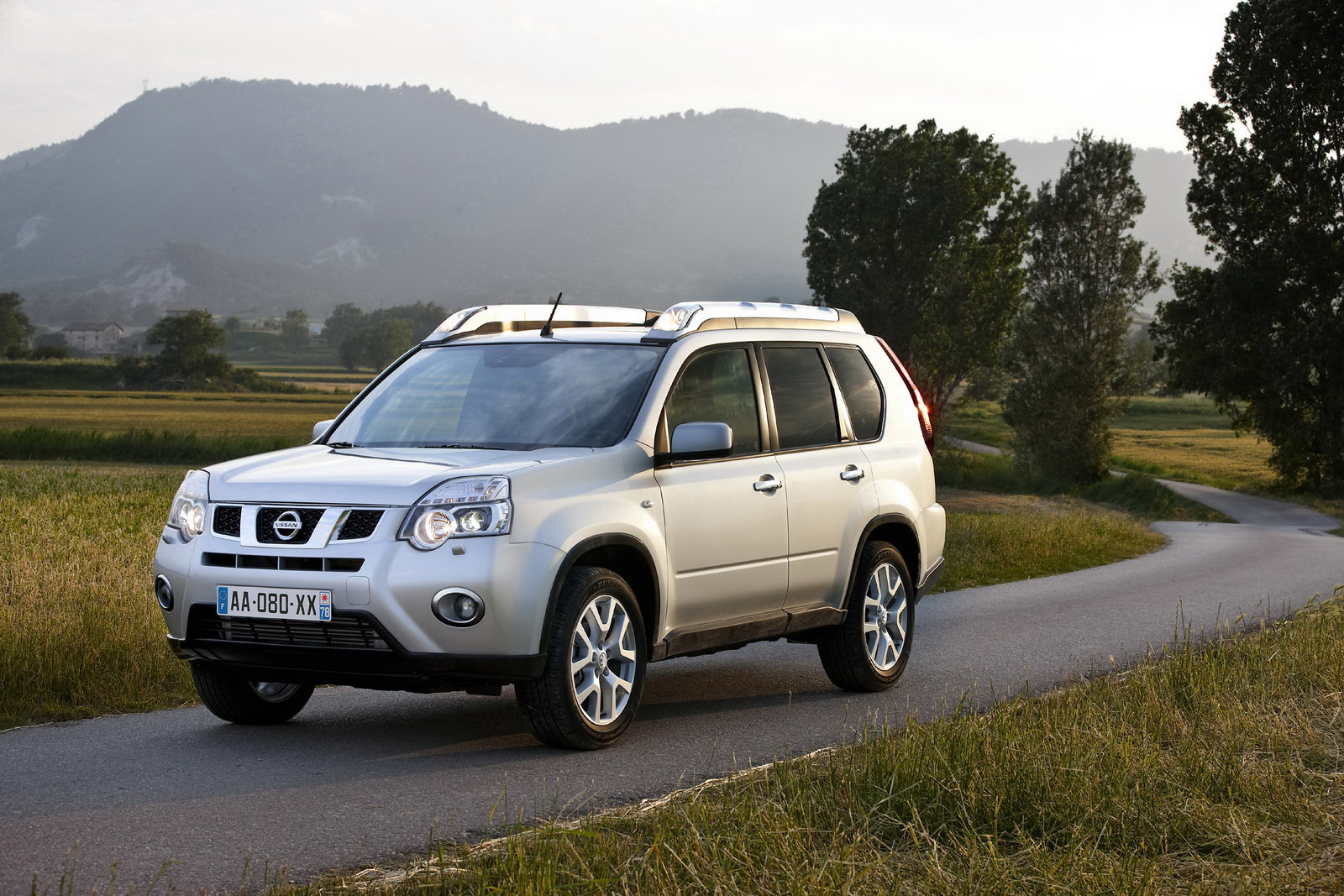nissan x trail hd wallpapers part 4 best cars hd wallpapers. Black Bedroom Furniture Sets. Home Design Ideas