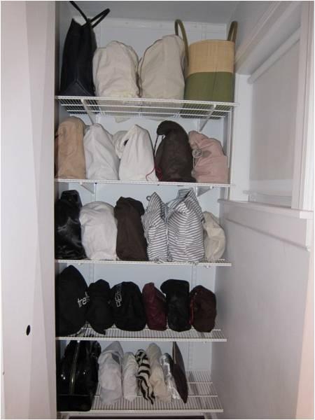 Accesorios joyas bufandas bolsos - Guardar bolsos en armario ...