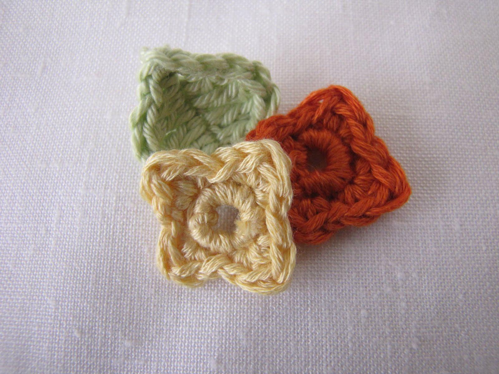 Mini crochet flower pattern manet for little treasures mini crochet flower and leaf pattern bankloansurffo Images