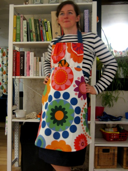 Modeling the Retro Apron  - Our Handmade Home