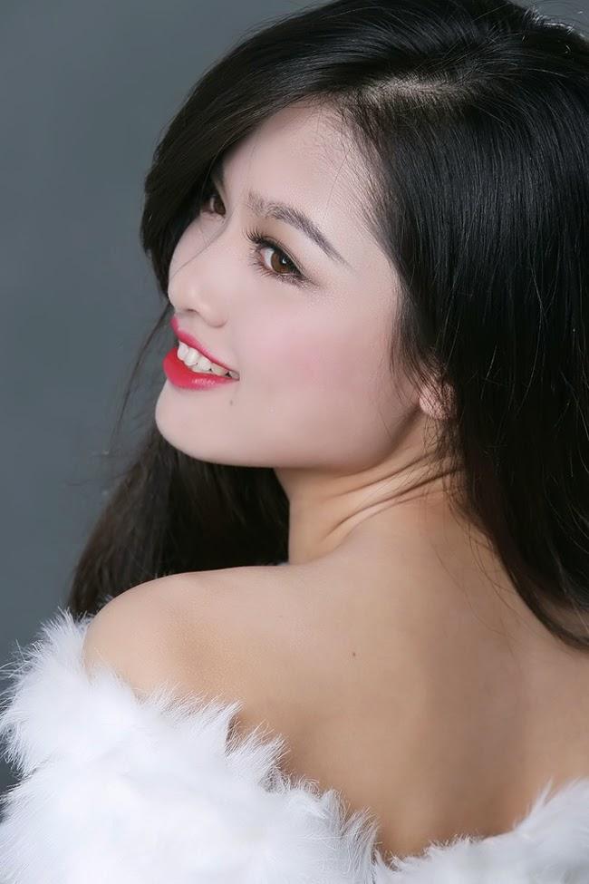 9 hotgirl Việt có sống mũi