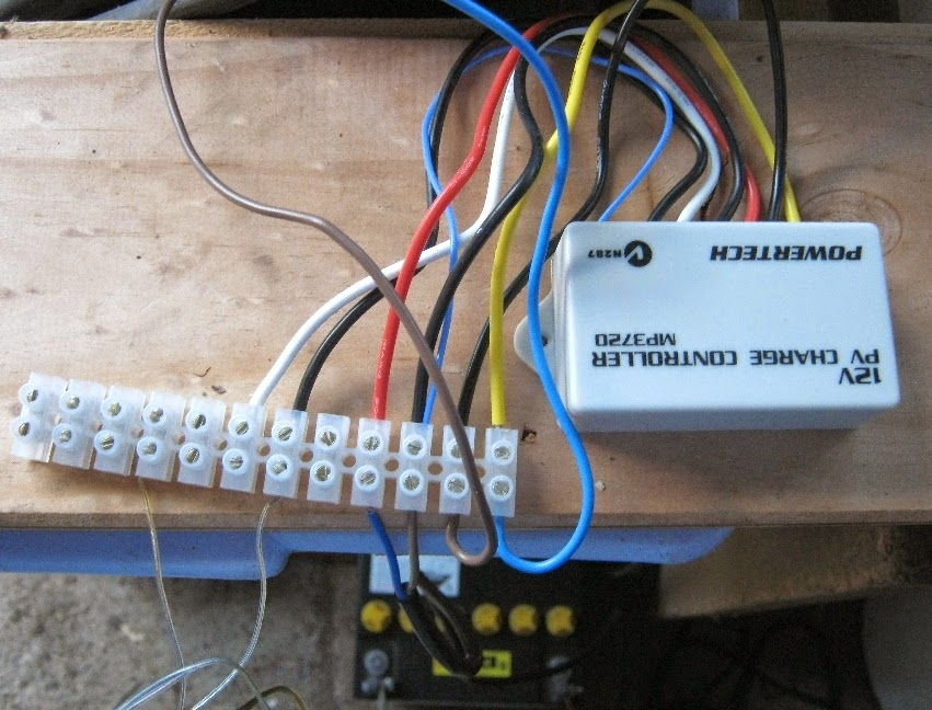 NewSolarWiring grant trebbin solar regulator testing powertech mp3720 wiring diagram at gsmx.co