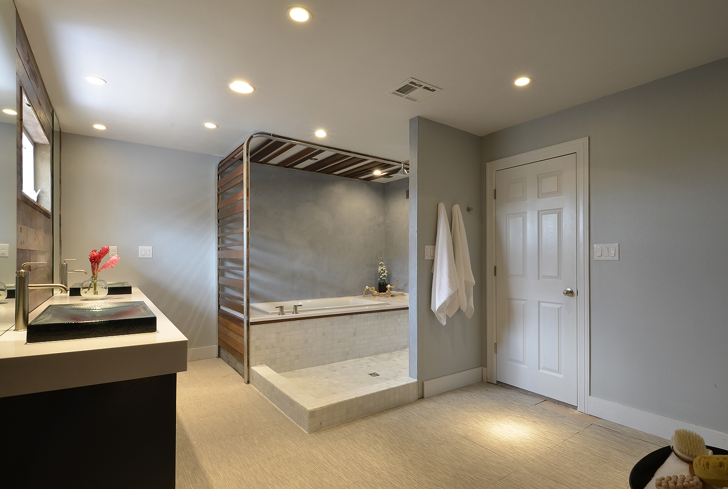 Spa bathroom renovation by greentex builders and hgtv bath for D i y bathroom renovations