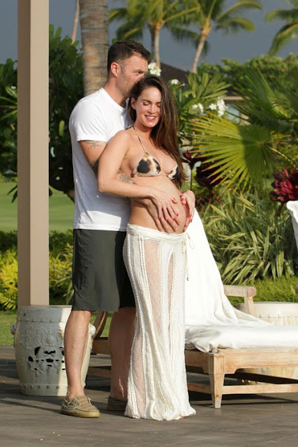 Pregnant-Megan-Fox-Bikini-Baby-Bump