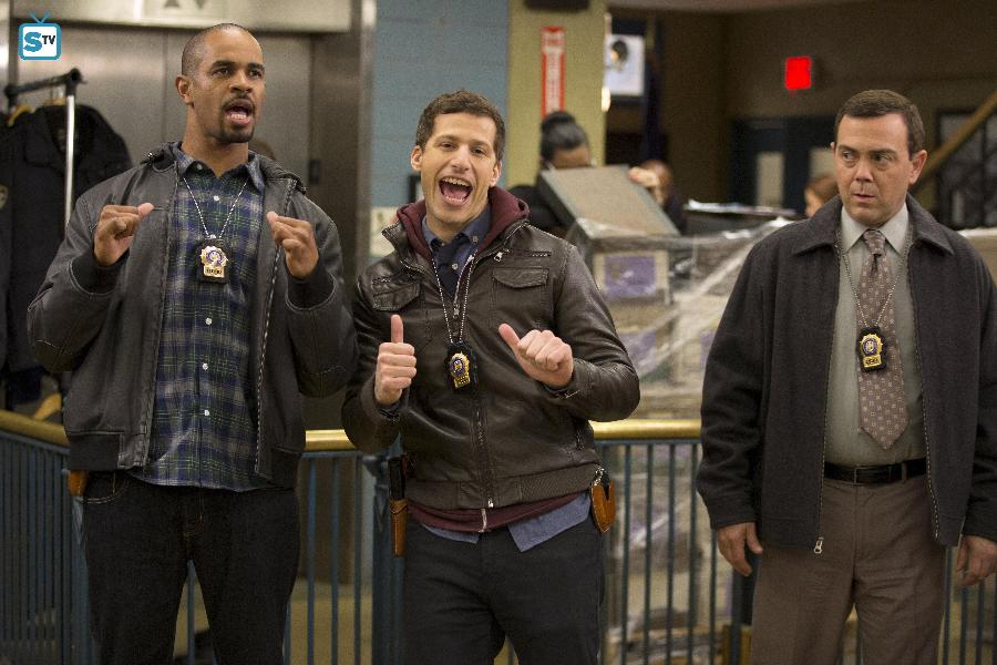 Brooklyn Nine-Nine - Episode 3.15 - The 9-8 - Promotional Photos