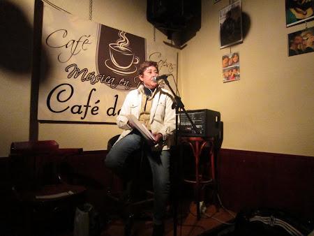 Recitando en Café de Alba.