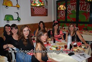 Despedida de soltera en restaurante en Granada 7