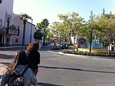 DCA DIsney California Adventure Rope Drop Carthay early