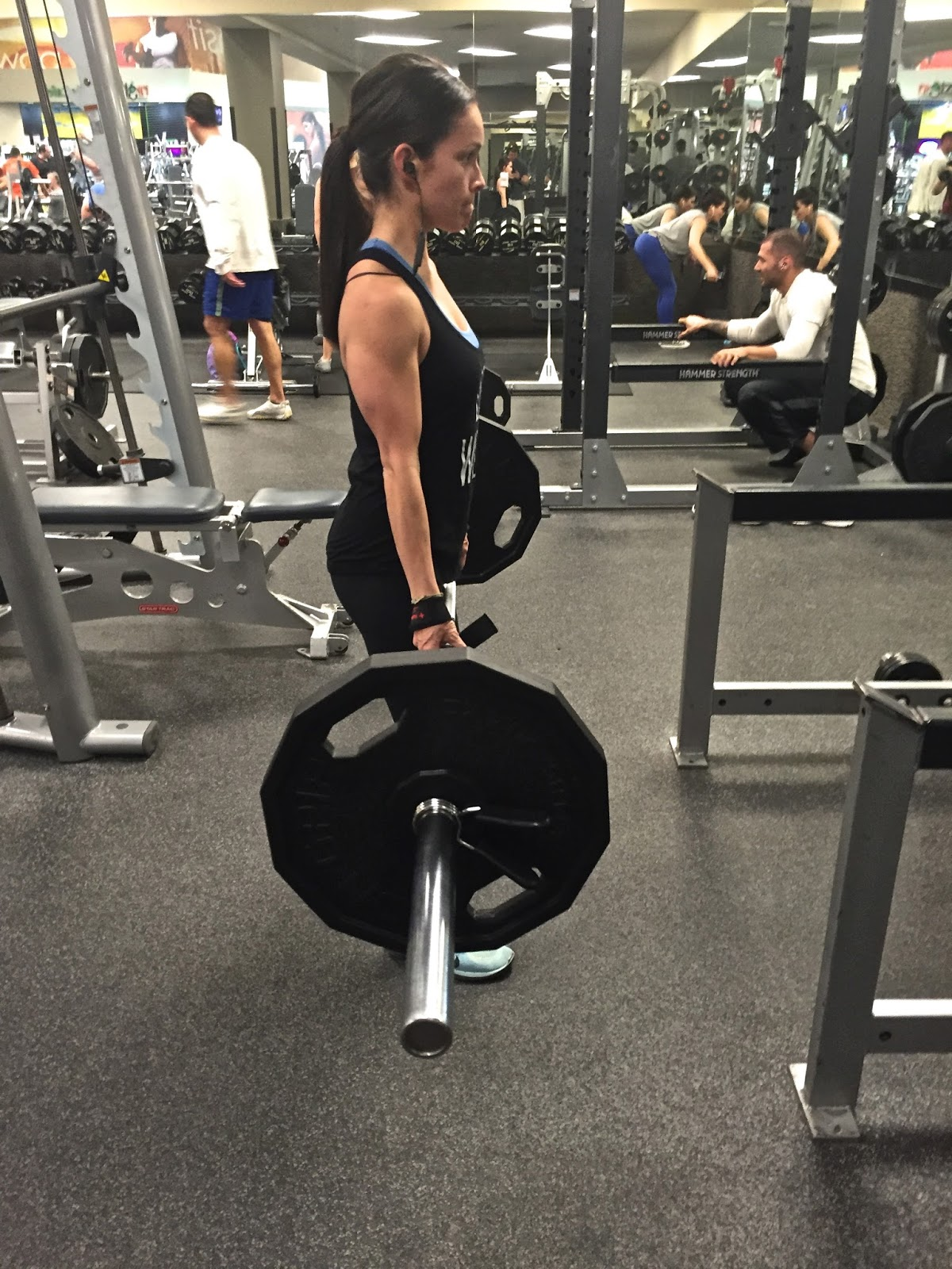 Little bs healthy habits january 2016 we started with romanian deadlifts or stiff leg deadlifts on these i suggest starting lighter until you get the hang and proper form falaconquin