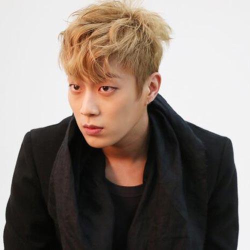Yoon Doo Joon Blonde Hair color