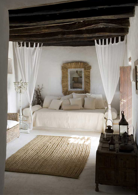 Pillow Talk Mediterranean Getaway