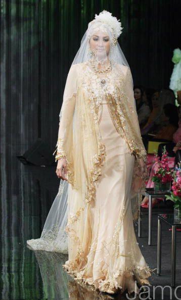 Pics Of Muslim Wedding Gowns : Modern muslim wedding dresses design with veil