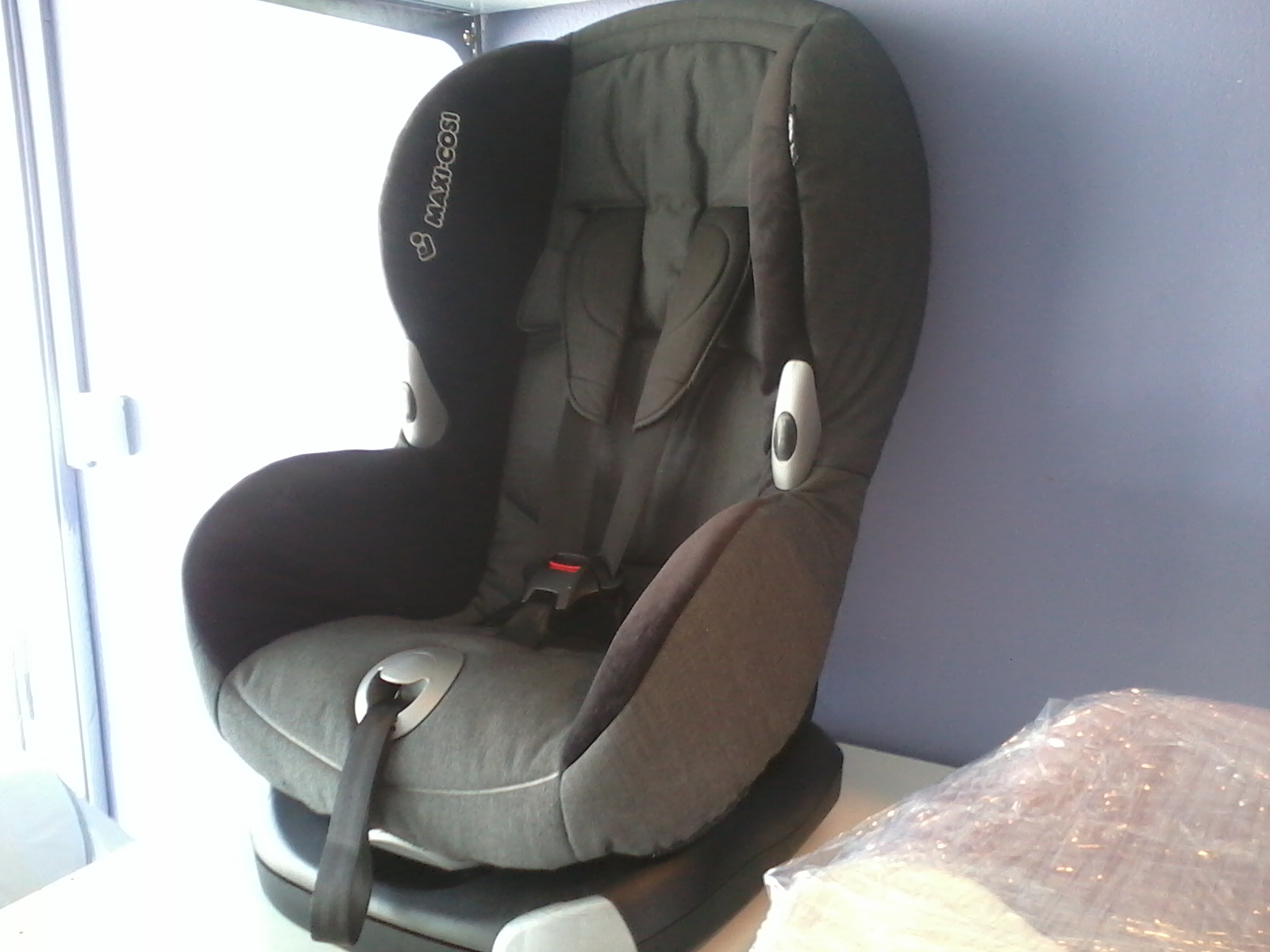 aliff preloved store maxi cosi priori xp carseat. Black Bedroom Furniture Sets. Home Design Ideas
