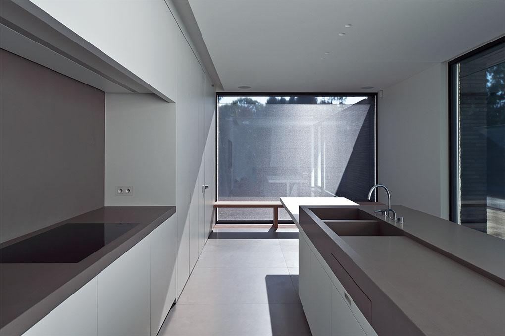 minimal mindset modern design by. Black Bedroom Furniture Sets. Home Design Ideas
