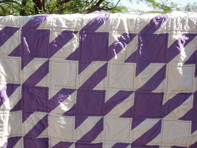 hounds tooth quilt close up