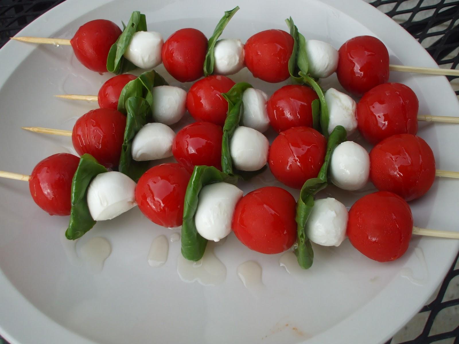 Plates and Palates: Recipe: Caprese Salad Skewers
