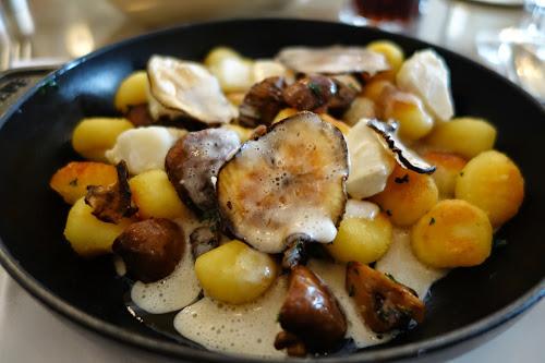 kgb kitchen galerie bis paris a gastronomic tale of two