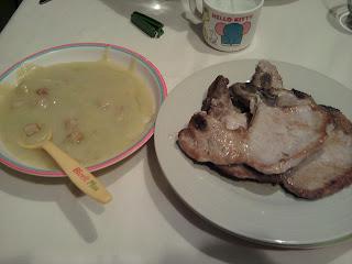 cena puré verduras y chuletas cerdo