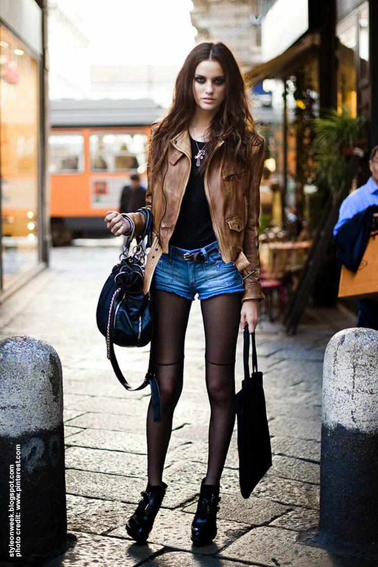 Denim Short Street Style Inspiration - Alejandra Alonso Grunge Look With Ripped Denim Shorts
