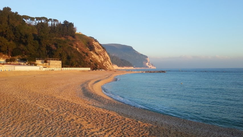 Numana alta la spiaggiola dicembre 2013