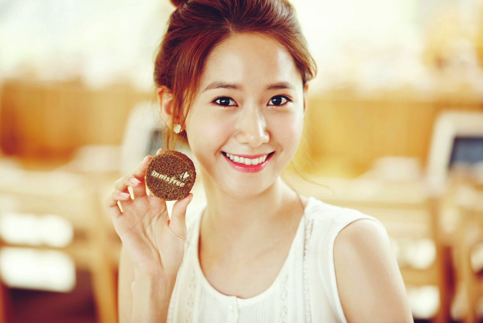Girls Generation S Yoona And Her Lovely Photos From