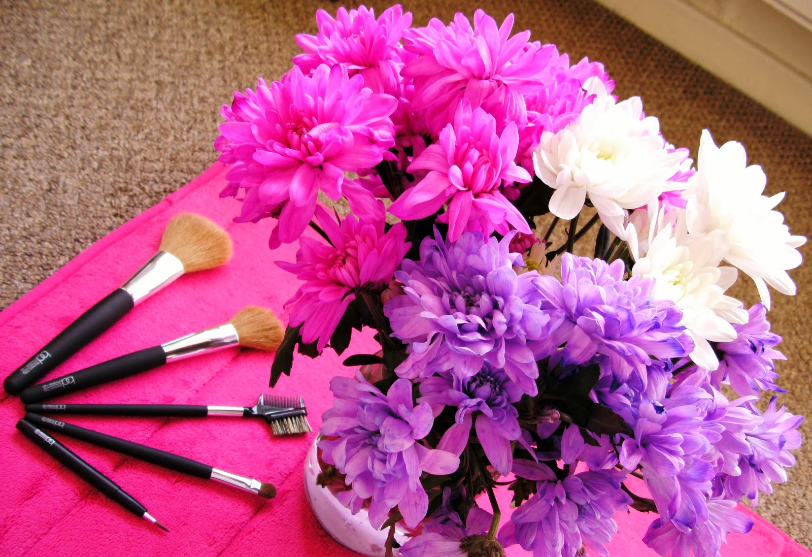 Barbara Daly Makeup Brushes from Tesco with flowers