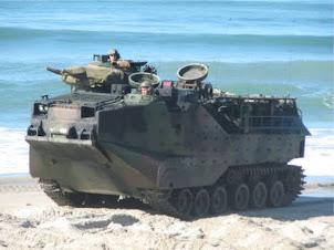 水陸戦闘車両