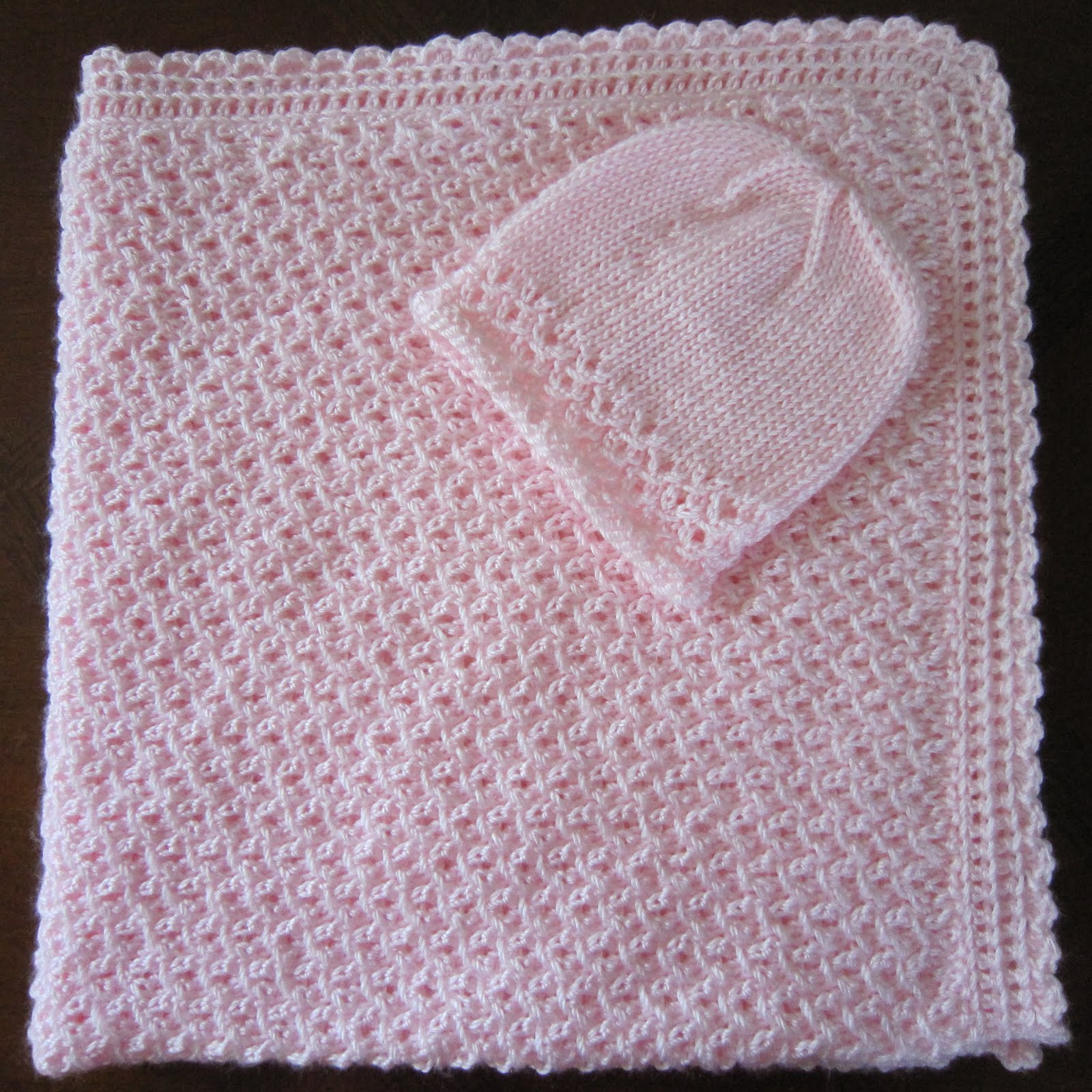 Knitted Baby Blanket Free Pattern : Sea Trail Grandmas: Free KNIT PATTERN PREEMIE HAT AND BLANKET WAVES WITH CROC...